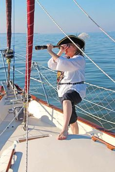 """""""She's 10 points off the port bow, Captain! Sailing Cruises, 10 Points, Cruise Port, Tampa Florida, Bow, Luxury, Beach, Arch, The Beach"""