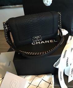 lt 3 Pinterest ~ InstaGram  rekataylor  lt 3 Chanel Logo, Coco Chanel d099a602c8