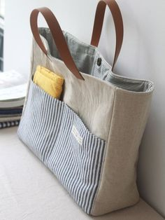 Sewing Pattern Instructions Bags V 7030 750202 Pictures - .- Schnittmuster Anleitung Taschen V 7030 750202 Pictures – Sewing Pattern Instructions Bags V 7030 750202 Pictures – – - Sacs Tote Bags, Tote Purse, Diy Tote Bag, Sewing Tutorials, Sewing Patterns, Sewing Projects, Sewing Tips, Free Sewing, Sewing Ideas