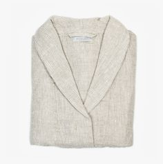 Classic bathrobe made of lightweight waffle texture to ensure a quick dry time between uses. Made by Fog Linen.       Machine wash gentle/dry cool or line-dry   100% linen