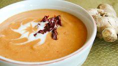 Крем-суп из красной чечевицы с кокосовым молоком, имбирем и вялеными помидорами
