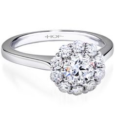 Looked at this ring the other day in a diamond store. Absolutely GORGEOUS. Want ittt