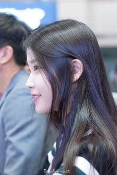 Korean Celebrities, Celebs, Iu Hair, Love U Forever, Ulzzang Korean Girl, Airport Style, Airport Fashion, Asian Actors, Kpop Girls