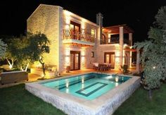 Eleon Residence Stavromenos, Rethymno Eleon Residence is a luxurious villa complex, situated 1 km from Stavromenos Beach and 9 km from Rethymno.  Each villa is set within a private olive garden, has a private pool and a spacious living room with fireplace.