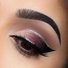 Pinterest: @jalapeño #GlitterEyeliner #makeupideasformal
