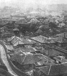 戦前の首里の町並み