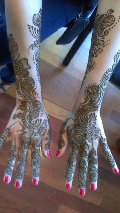 Suman Joshi Hastir Henna done Kaya Beauty Spa #SmallBizLove
