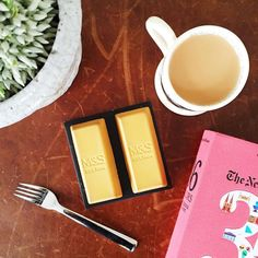 @hellyburn always has the best desserts and these billionaire bullion bars from @marksandspencer are as incredible as they look #treat #pudding #tea #afternoontea #cheatday