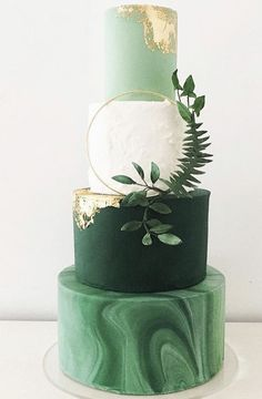 Patricks Day from these two Irish girls. and this epic Gilded Greenery wedding cake from blossomandcrumb - what a gorgeous confection! Wedding Goals, Our Wedding, Wedding Planning, Wedding Parties, Green Cake, Wedding Cake Designs, Bridal Boutique, Marry Me, Beautiful Cakes