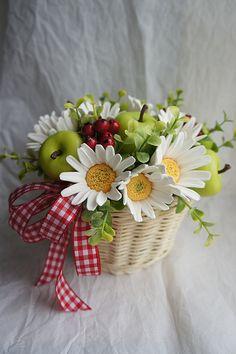 Beautiful Flower Arrangements, Floral Arrangements, Beautiful Flowers, Good Morning Flowers, Polymer Clay Flowers, Bird Drawings, Cold Porcelain, Ikebana, Flower Vases