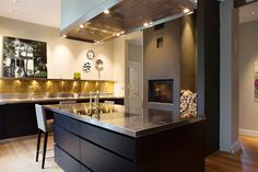 Black And Gold Kitchen Dining Decor Ideas