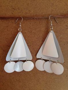 Milk bottle earrings diy