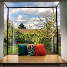 Modern Window Seat, Window Seat Kitchen, Modern Windows, Window Seats, Window Boxes, House Extension Design, House Design, Extension Ideas, Sliding Windows