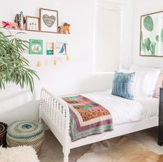 "1,465 Likes, 16 Comments - Inspired By This (@inspiredbythis) on Instagram: ""Bright & bohemian vibes are all over this girls' bedroom #onIBTtoday thanks to the designers at…"""