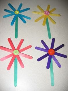 easy stick flower craft Use 4 craft sticks to make the flower and 1 green one for the stem. Stagger them to make an 8 petaled flower. Start with the green stem and add each craft stick layer with a generous amount of glue. Glue a button on the top. Allow to dry.