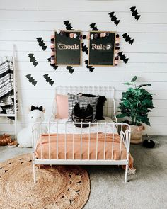 "M A D S 🌵 on Instagram: ""It's gettin spooky up in here 👻 spent my whole morning/afternoon getting Maiseys room all decorated for Halloween! Holidays are wayyy more…"""