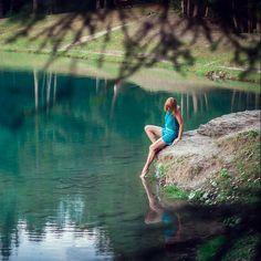 @anna_piccarreta chilling at the lake