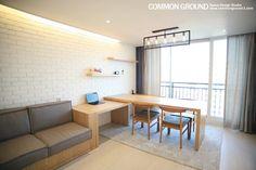 다이닝 룸 디자인 검색: 목동6단지 27평형(88m2) 인테리어 당신의 집에 가장 적합한 스타일을 찾아 보세요 Small Apartment Organization, Apartment Layout, Apartment Interior, Apartment Living, Blue Living Room Decor, Living Room Modern, Living Room Designs, Asian Interior, Small Apartments