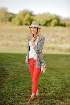 Grey sweater + green jean combo . Love this blog Sidewalk Ready – Everyday Fashion Blog – Kayley Heeringa