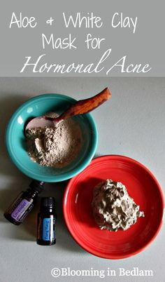 Aloe & White Clay Mask for Hormonal Acne to minimize breakouts around your chin and lips. DoTERRA essential oils to balance hormones and soothe skin.{Blooming in Bedlam}(How To Make Clay Faces) Neutrogena, Homemade Acne Mask, Homemade Acne Remedies, White Clay Mask, Cystic Acne Treatment, Acne Treatments, Natural Treatments, Diy Masque, Hormonal Acne