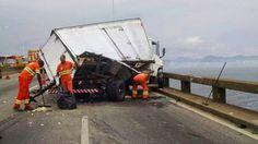 JORNAL O RESUMO - ACIDENTE JORNAL O RESUMO: Grave acidente na Ponte Rio-Niterói deixou o trans...