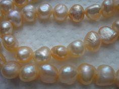 Biwa Süßwasser Perle 65 Stück lachsorange Strang ohne Schließe aus ca. 1970