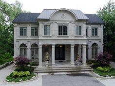 Elegant and sophisticated luxury residence