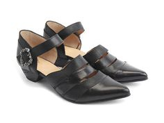 Whether you are looking for casual shoes or vintage high heels, Fluevog women's shoes are more than a fashion statement. Shop now! Sock Shoes, Shoe Boots, Shoe Bag, Low Heel Shoes, Low Heels, Crazy Shoes, Me Too Shoes, Girls Formal Shoes, Vintage High Heels