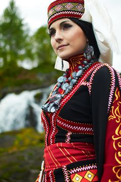 Amir - A Bride's Story Cosplay