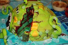 @Ily Logeais : Monster Cake - the gooey insides #cakedesign