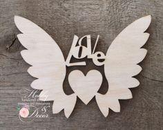 Сердце с крыльями Love 15 см, фанера