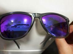 Buenas noches, el pasado mes de junio compre un par de northweek. En concreto las Regular shine black-purple al sacarlas hoy de la funda tenian este aspecto, las limpio con un paño de los que vienen con las gafas graduadas. Me podrian decir que debo hacer ya que las gafas tienen poco mas de un mes y se le esta yendo la polarizacion, compre las gafas porque confio en vuestra marca pero esto... Si fuesen tan amables de indicarme que debo hacer. #sunglasses #mensunglasses #womensunglasses…