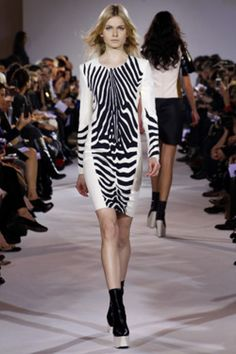 fa9fc321c93f Felipe Oliveira Baptista Fall Winter 2012-13 Black N White