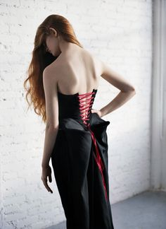 Hubert Barrere, currently working with Lesage, has kept alive the rare art of corset making. In this 2011 interview, we profile this magician: http://www.luxuryfacts.com/index.php/sections/article/1206