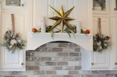 Silver and Gold Christmas Kitchen Decor Ideas