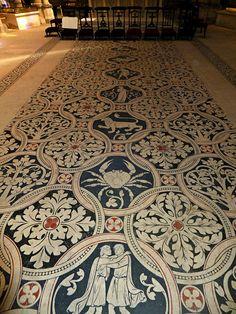 Basilica of St Denis, Paris, France. Medieval Pattern, Medieval Art, Versailles, Basilica Of St Denis, Duc D'anjou, Zodiac Art, Zodiac Signs, Amiens, Saint Denis
