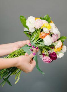 diy wedding bouquet wrapping