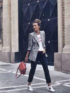 Easiest ways to make outfit style an elegant blazer 5 Blazer Outfits Casual, Blazer Fashion, Fashion Outfits, Womens Fashion, Grey Blazer Outfit, Blazer Dress, Sleevless Blazer, Fashion Ideas, Boyfriend Jeans Outfit Casual