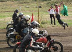 Und los geht's! Motorradmänner: Hindenberg Dirt Track Races
