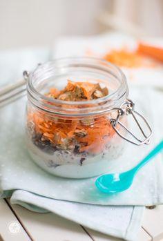 Carrot-Cake-Muesli - gesunder Karottenkuchen zum Frühstück to go   Rezept von feiertäglich.de