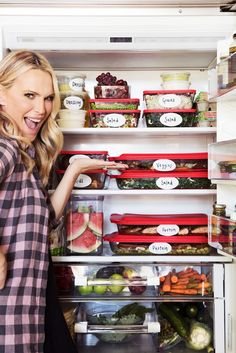 If you want to save money (and time) there's one thing you need to do every Sunday: plan ahead. Molly Sims shares her top meal prep ideas.