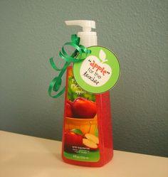 Home Confetti: Simple Teacher Gift + Free Printable. Apples for the teacher. Apple cookies, soap, fruit, etc.