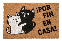 Felpudo de lo más entrañable con una simpática pareja de gatitos. Kitten, Sad, Crafting, Kawaii, Memes, Black, Decor, Coir, Listening To Music