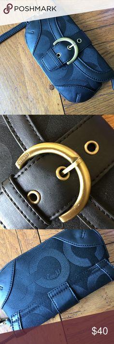 "Excellent condition Coach 1611 Snap and zipper closure slip pocket and inside zipper 8"" W x 5"" H super cute Coach Bags Clutches & Wristlets"