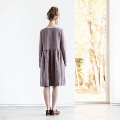 Linen loose MAMA dress with long sleeves and front buttons /