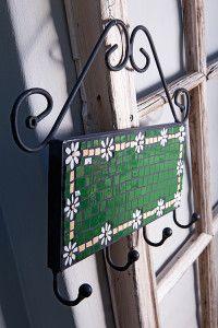 Creative Company | Just Mosaics: Daisy-chain coat-rack thing