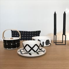 Spring collection 2017 #marimekko #spring2017 #spalje #basket #hortensie #designhus#tervuren Marimekko, Roots, Scandinavian, Table, Furniture, Home Decor, Hydrangeas, Decoration Home, Room Decor