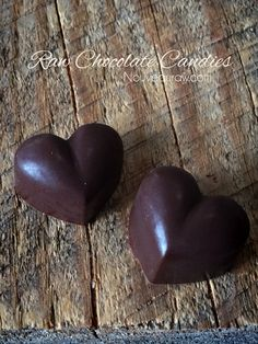 Chocolate Candies  (raw, vegan, oil-free)(note: use maple syrup or coconut nectar instead of agave)