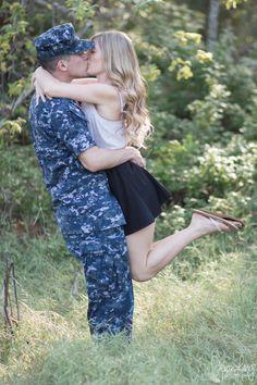Military couples| Navy Couple| Devon Lange Photography