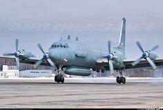 Ilyushin Il-20M aircraft picture